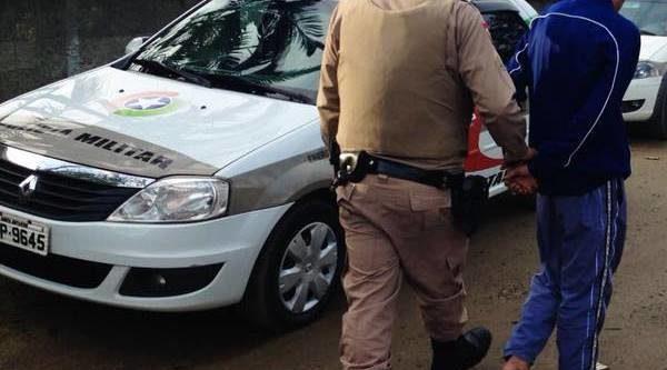 Polícia Militar cumpre mandado de prisão contra jovem de 19 anos em Garuva