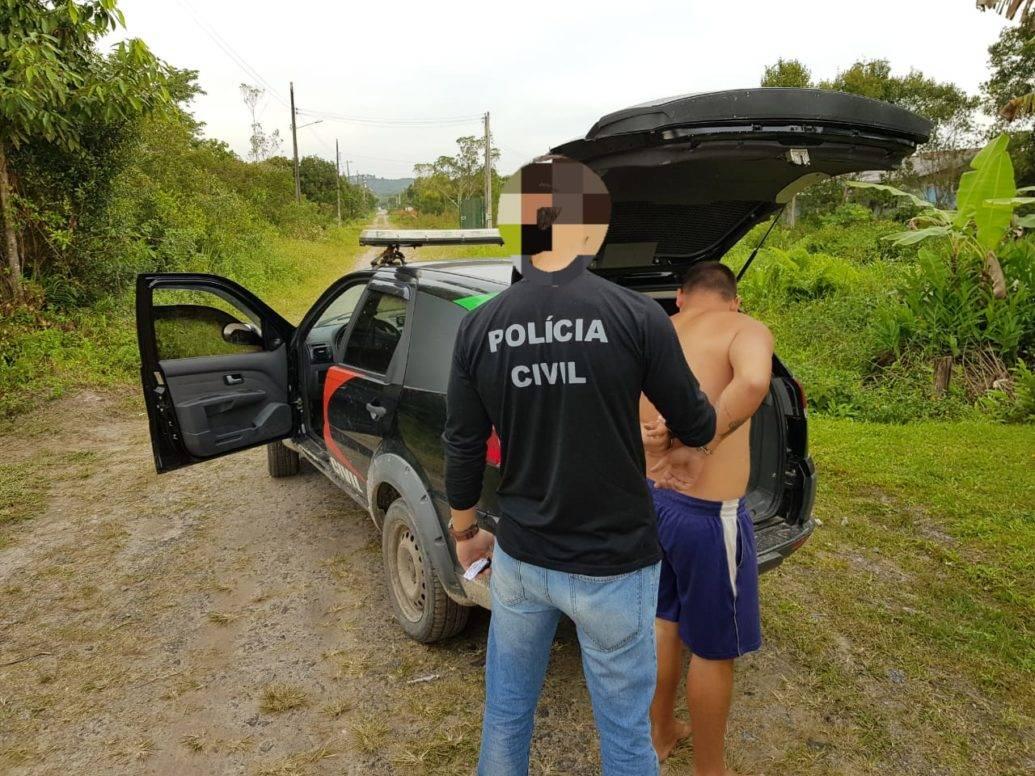 Polícia Civil de Itapoá cumpre mandado de prisão
