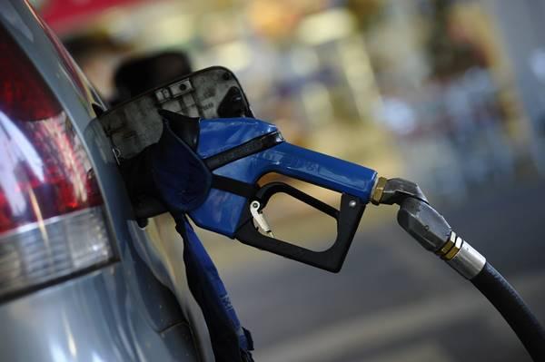 Petrobrás anuncia redução no preço da gasolina