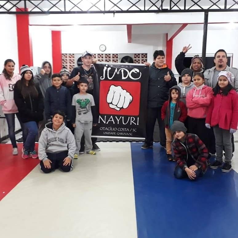Judocas garuvenses fazem bonito em Campos Novos/SC