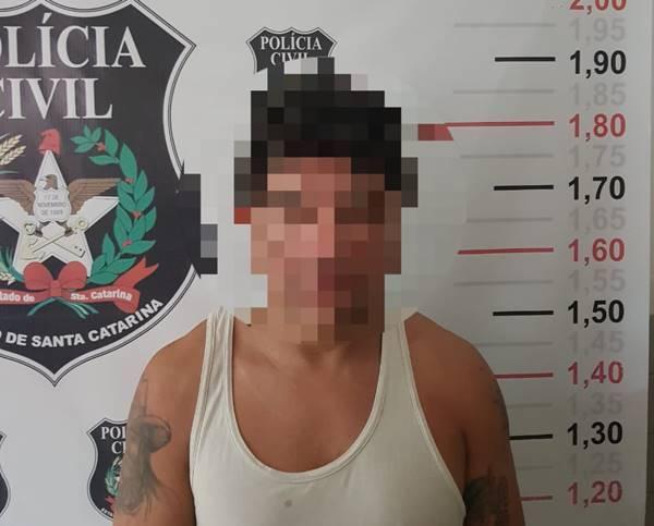 Polícia Civil de Itapoá prende homem de 32 anos por tráfico de drogas