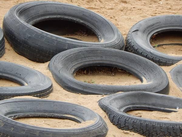 Proposta torna obrigatória limpeza periódica de areia de parques infantis