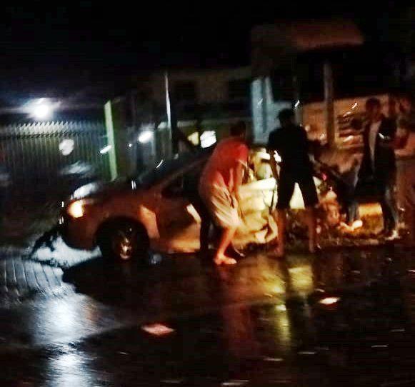 Grave acidente registrado na SC-417, em Garuva. Uma pessoa morreu no hospital