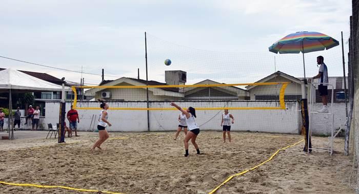 Confira quem venceu o 2º Torneio Municipal de Vôlei de Praia e 1º Torneio de Pênaltis do dia do trabalhador