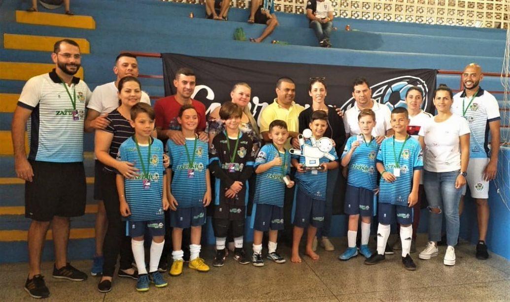 Garuva sedia Circuito Sul Brasileiro de Futsal e atletas conquistam títulos