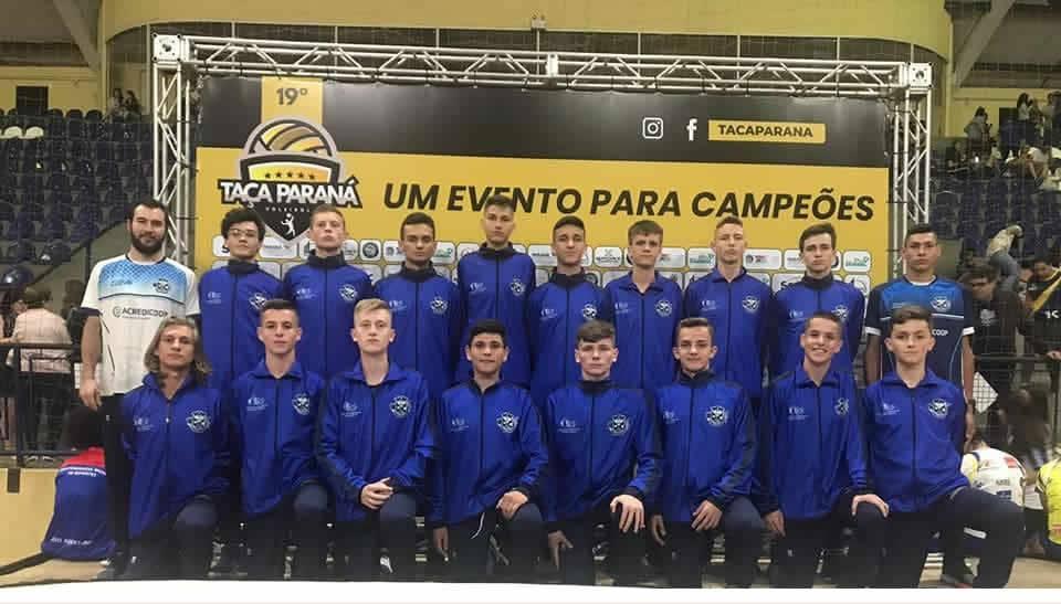 As equipes Infantil e Infanto do Garuva Voleibol estão participando da 19ª Taça Paraná de Voleibol