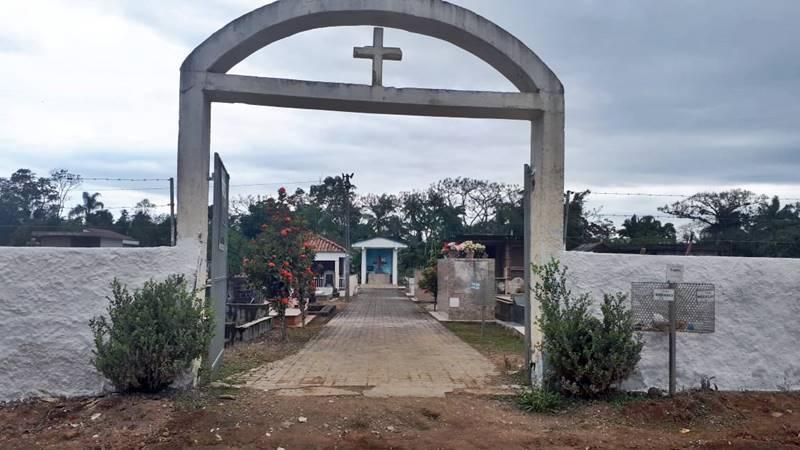 Amanhã (30) é o último dia para realizar Limpeza de construções e reformas no Cemitério Municipal de Garuva