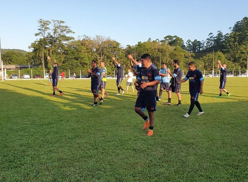 Veteranos de Garuva recebeu time argentino para amistoso de Futebol