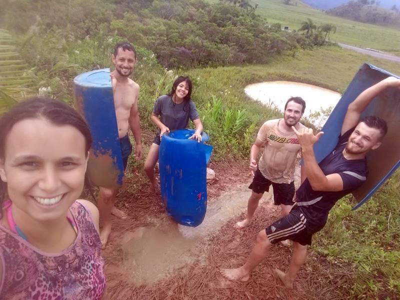 Família vive aventuras e diversão em meio à natureza em Garuva