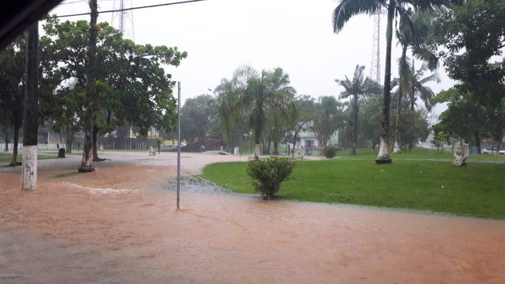 Previsão de 280mm de chuva para as próximas 72 horas deixa Garuva em Estado de Alerta