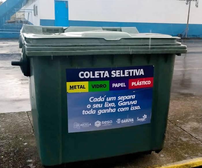 Secretaria de Saneamento Ambiental espalhou 122 contentores de lixo em Garuva