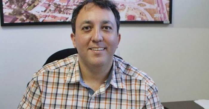 """COVID-19: """"Precisamos pensar nas pessoas e deixar as bandeiras políticas de lado"""" – Afirma Dr. Rodrigo sobre vacinação."""