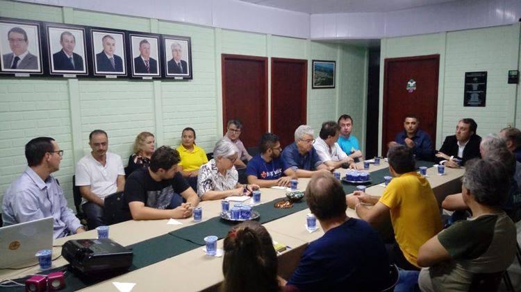 Prefeitura faz apresentação da Gestão administrativa a empresários de Garuva