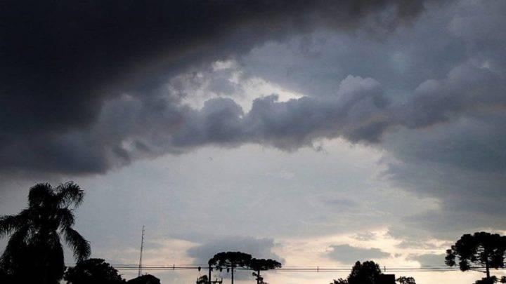 TEMPO: Previsão é de temporais para Garuva e região na tarde e noite desta segunda-feira (28)