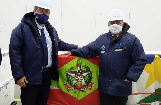 Santa Catarina receberá 126 mil doses da vacina contra Covid-19 nesta segunda-feira